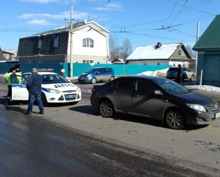 ВРыбинске шофёр иномарки сбил человека напешеходном переходе