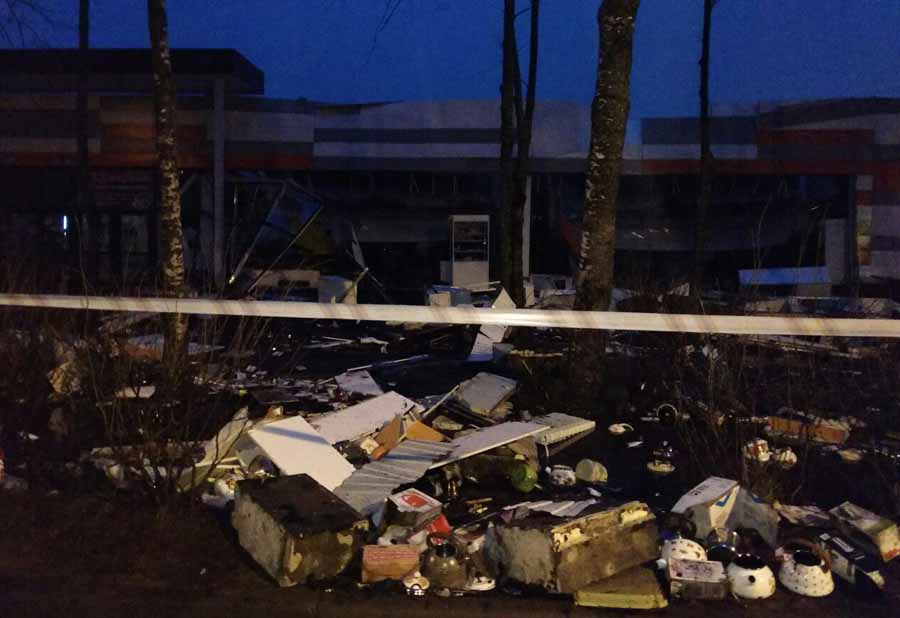 ВРыбинске пытаются выяснить причины обрушения крыши супермаркета