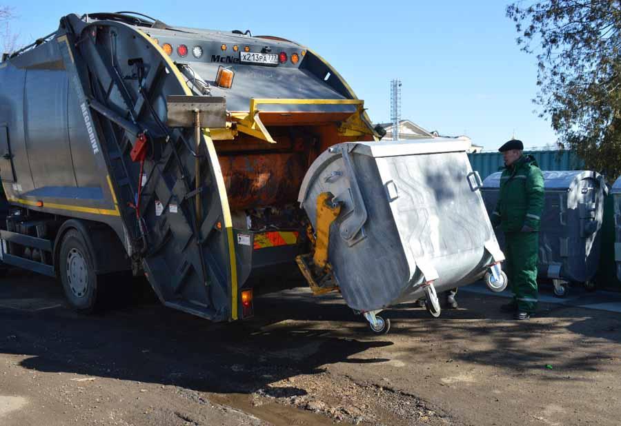 Руководство РФподдержало наше предложение снизить плату завывоз мусора— Дмитрий Миронов