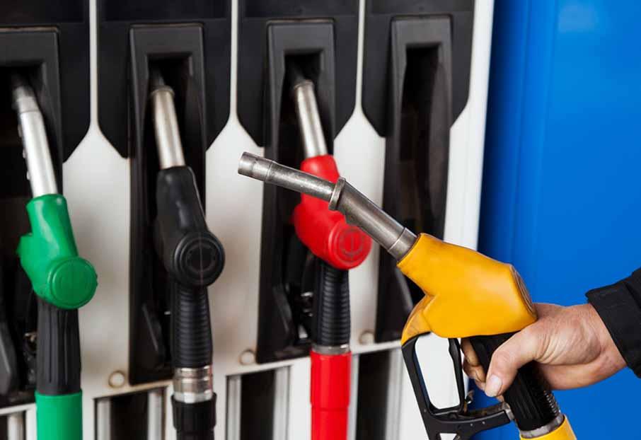ВЯрославле упал вцене бензин